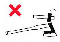 Non usare mai un martello per colpire il retro di una testa d'ascia