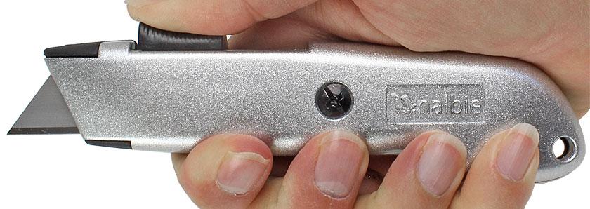 Cutter di sicurezza Nalbie con rientro della lama automatico